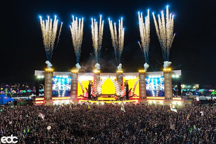 The Top 15 Unbelievable Moments From This Year's EDC Las Vegas